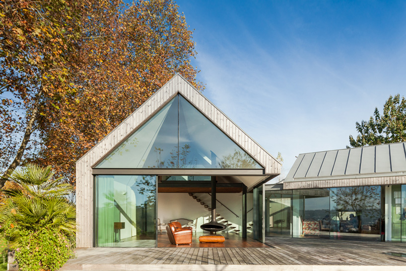 prod-architecture-house-with-four-houses-portugal-designboom-04